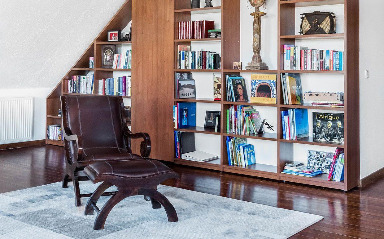 Book shelf 1240x775